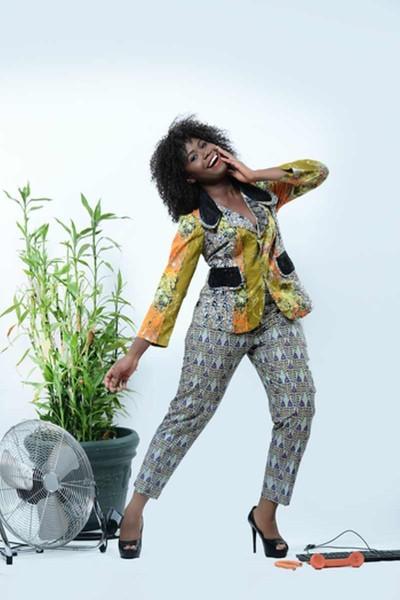 MaBello-Clothiers-Chic-N-Sasy-Collection-Lookbook-BellaNaija-April20130022-400x600